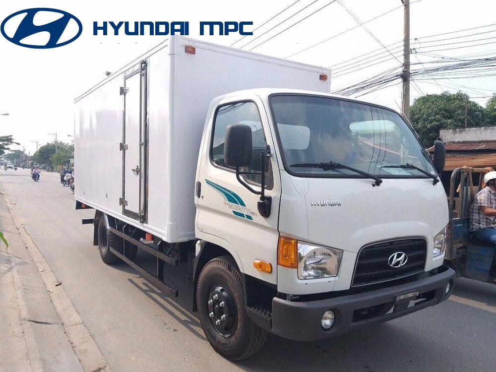 xe tai hyundai mighty 110S thanh cong thung kin composite
